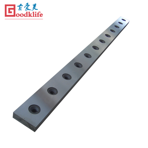 Shearing blade for cutting stainless steel plate