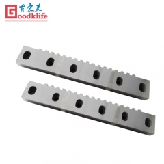 Shear blade for rolling mills