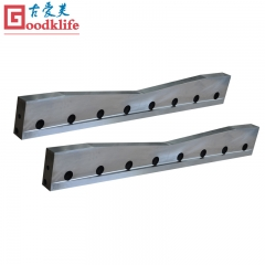 Rod guillotine cutting blade for bar mill